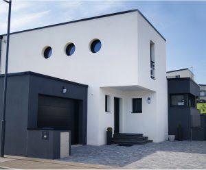 construction d'une maison individuelle de type traditionnel haut de gamme réalisée par Demeures Nantaises 8